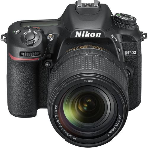 Nikon D7500