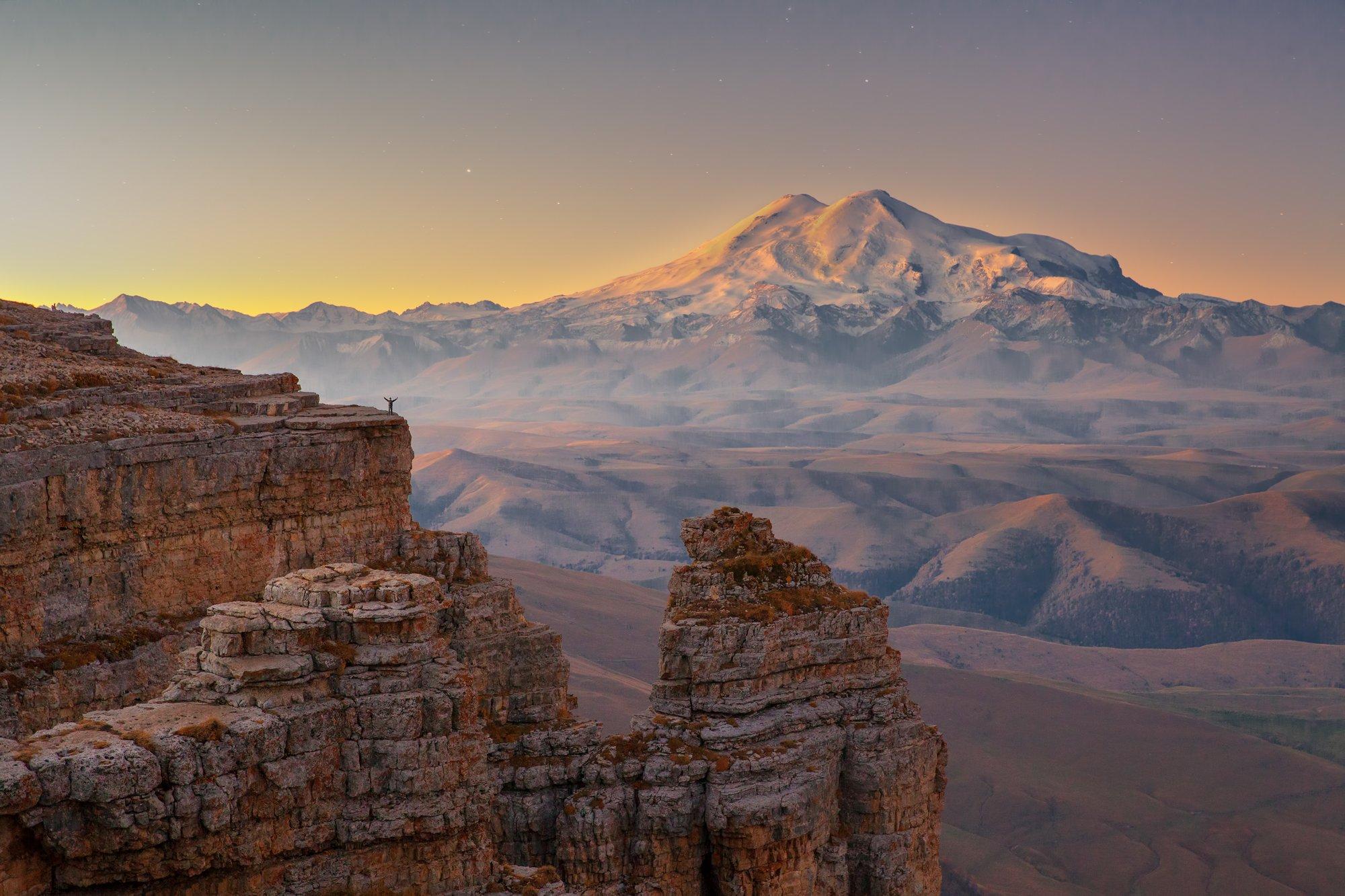 утро горы, Виктор Новокрещенов