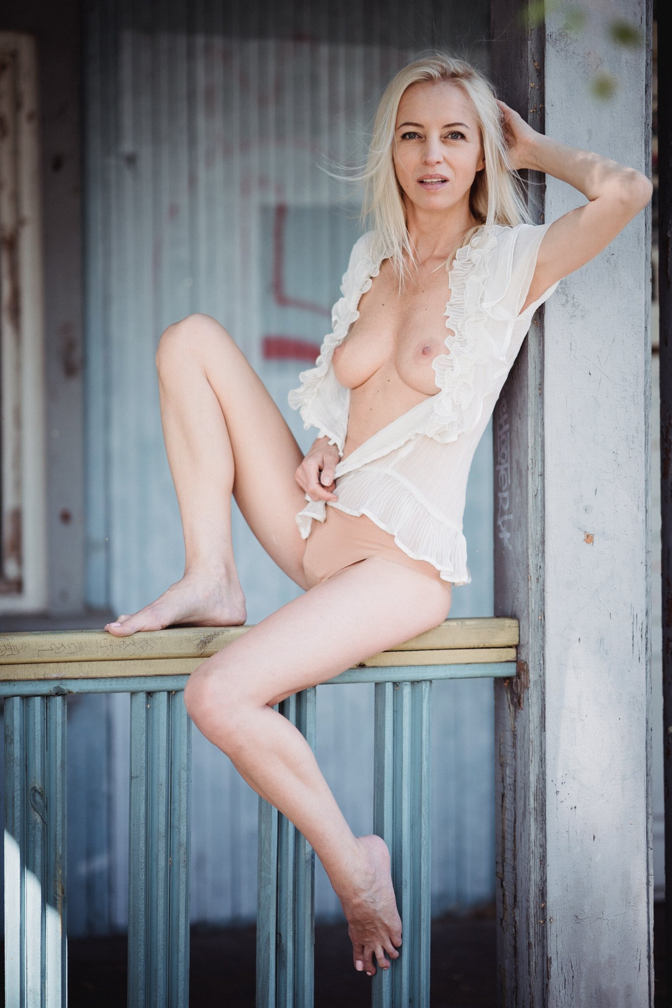 natural women blond fit body, Daniel Bidiuk