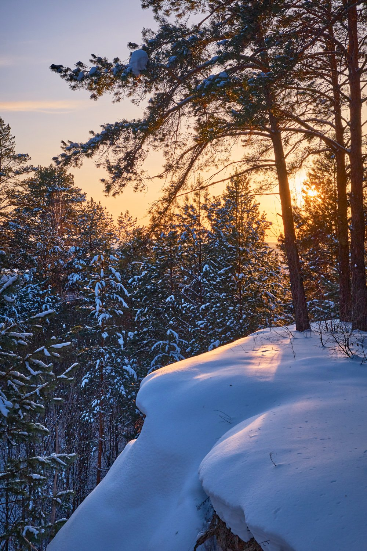 нижняя кама,мороз, солнце,вечер,закат,зима,пейзаж,снег,лес,обрыв, Горшков Игорь