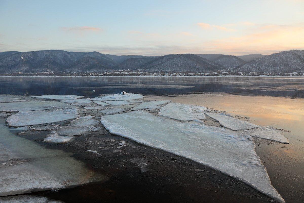 пейзаж, волга, зима, закат, река, лёд, горы, Андрей Ларионов