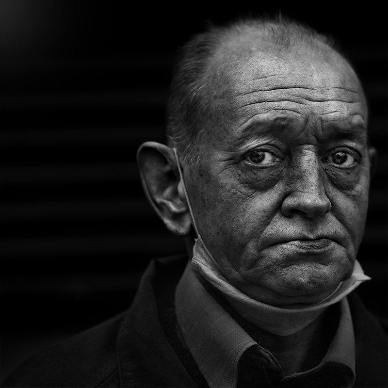 портрет, квадрат, калинин юрий ,ч/б фото, уличная фотография, юрец, люди, лица, город, санкт-петербург ,фотограф, Калинин Юрий