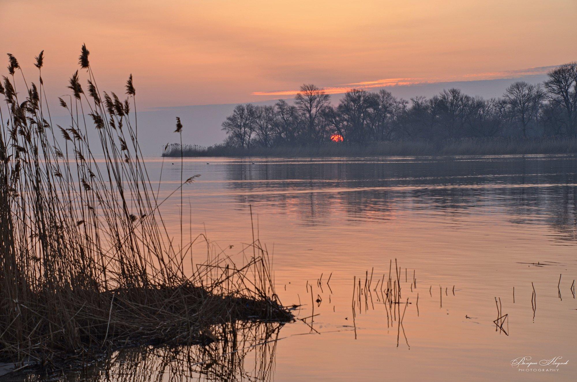 утро, восход, солнце, рассвет, апрель, туман, Валерий Наумов