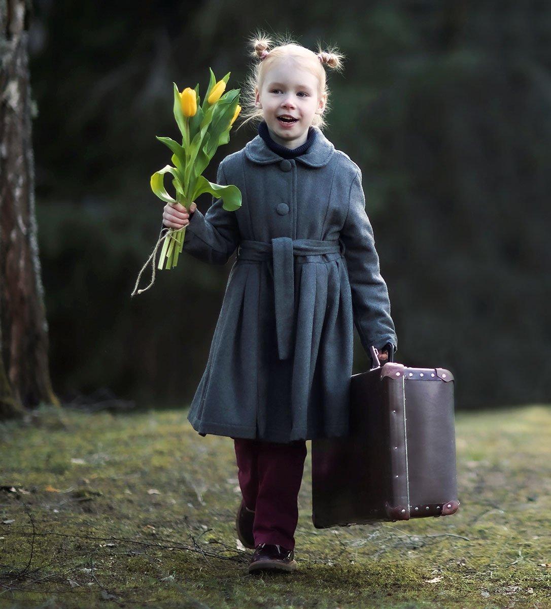 девочка,весна,ретро, чемодан, тюльпаны, эмоции, girlie, retro, spring, suitcase, flower, emotions, Стукалова Юлия