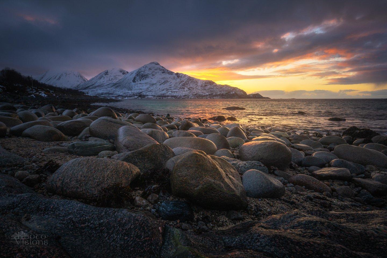 sunset,mountains,north,norway,shoreline,coast,seascape,landscape,evening,springtime,arctic,, Szatewicz Adrian