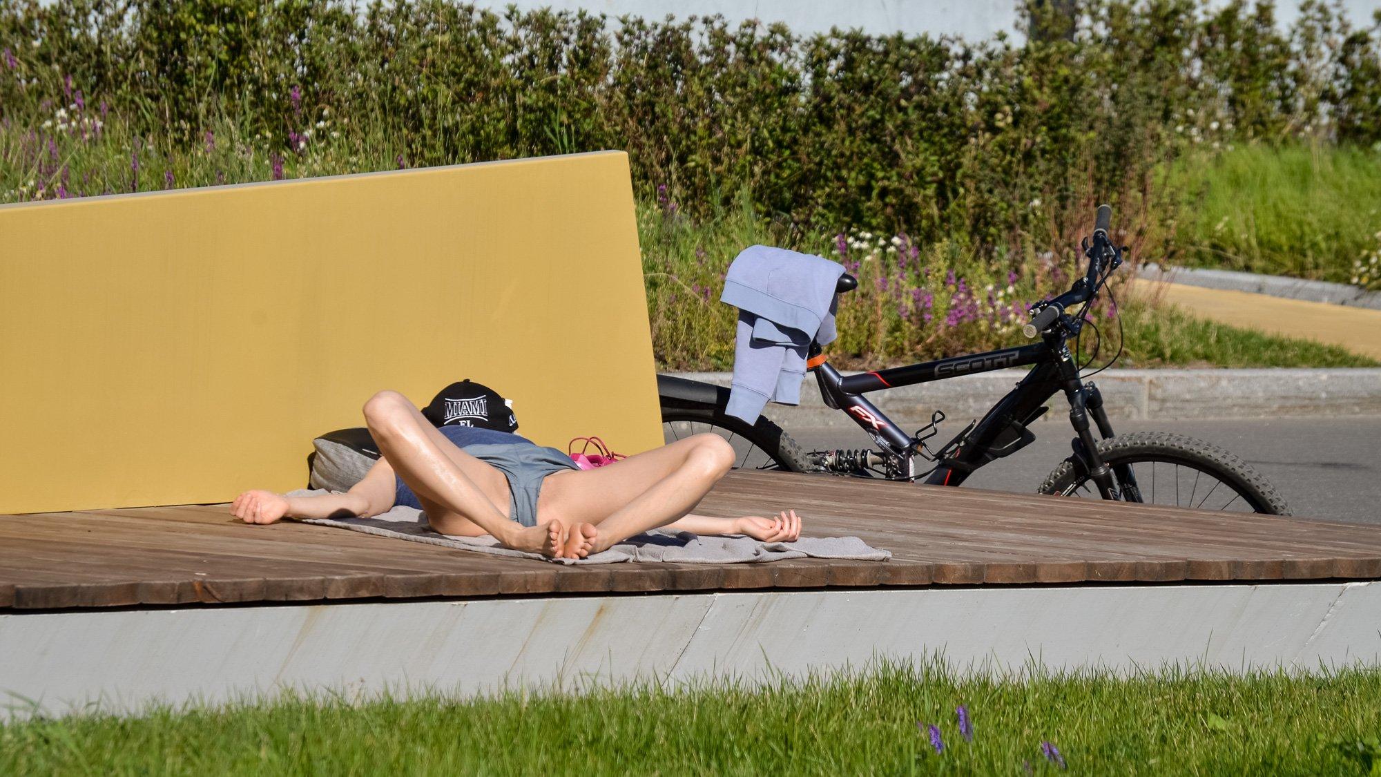 релаксация, лето, солнце, девушка, велосипед ,концептуальное, гламур, Верещако Валерий
