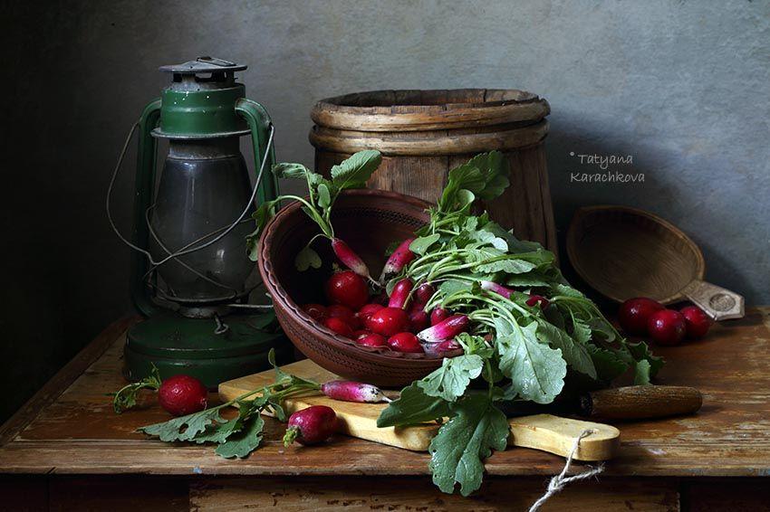 натюрморт, редиска, весна, корзинка, кувшин, керосиновая лампа, Karachkova Tatyana