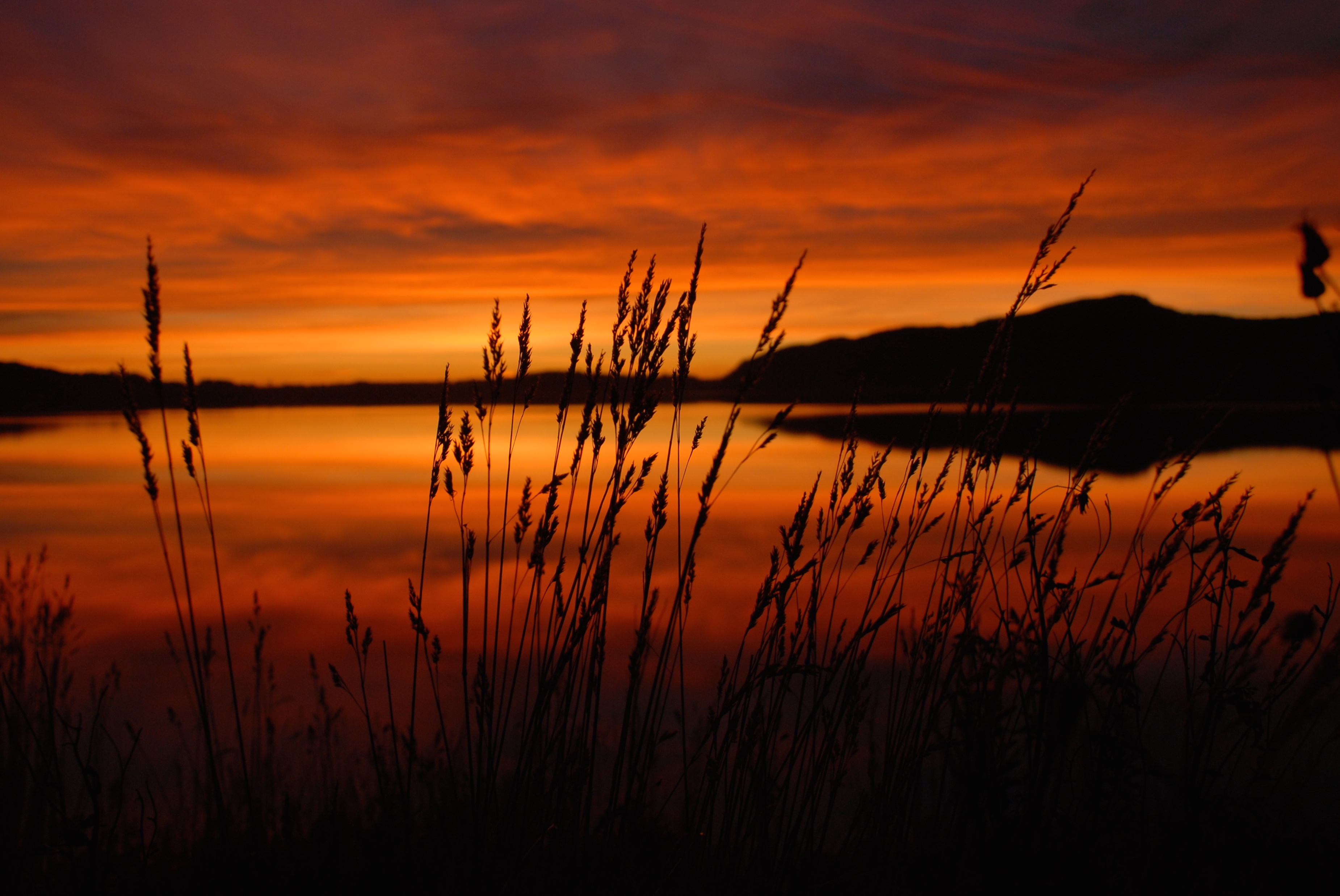 Landscapes, nature, Norway, lake, sunset, red, colors, straw, water, reflection, sky, clouds, , Povarova Ree Svetlana