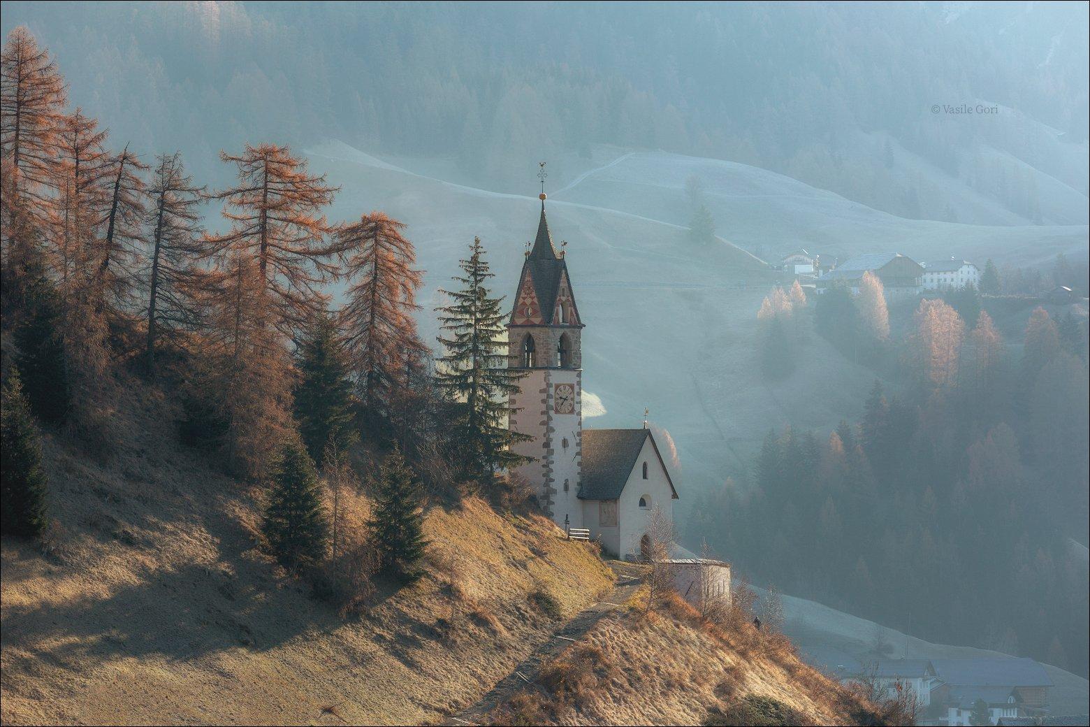 доломитовые альпы,tolpei,деревня,осень,италия,alps,santa barbara,церквушка, Гори Василий