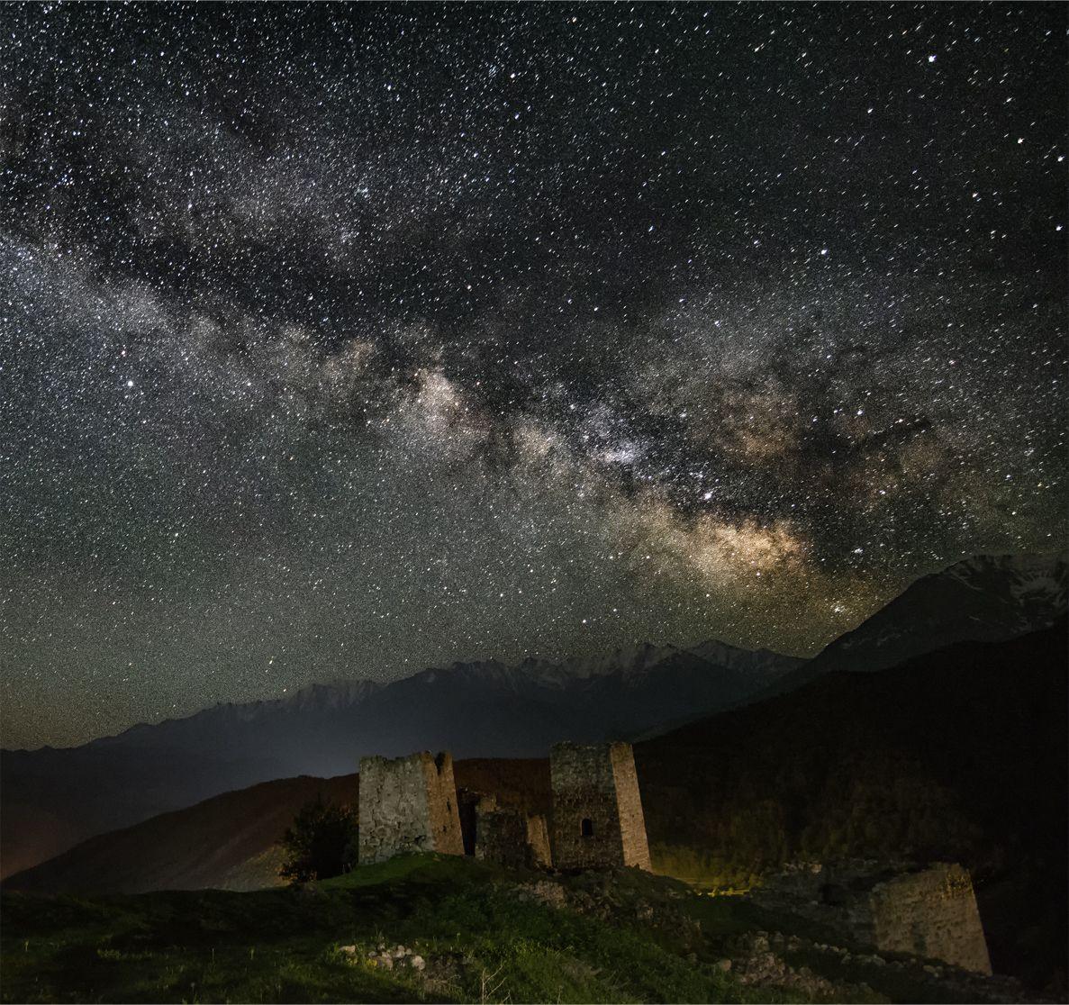 природа, пейзаж, горы, кавказ, природа россии, дикая природа, ночь, звезды, весна, ингушетия, Беляев Альберт