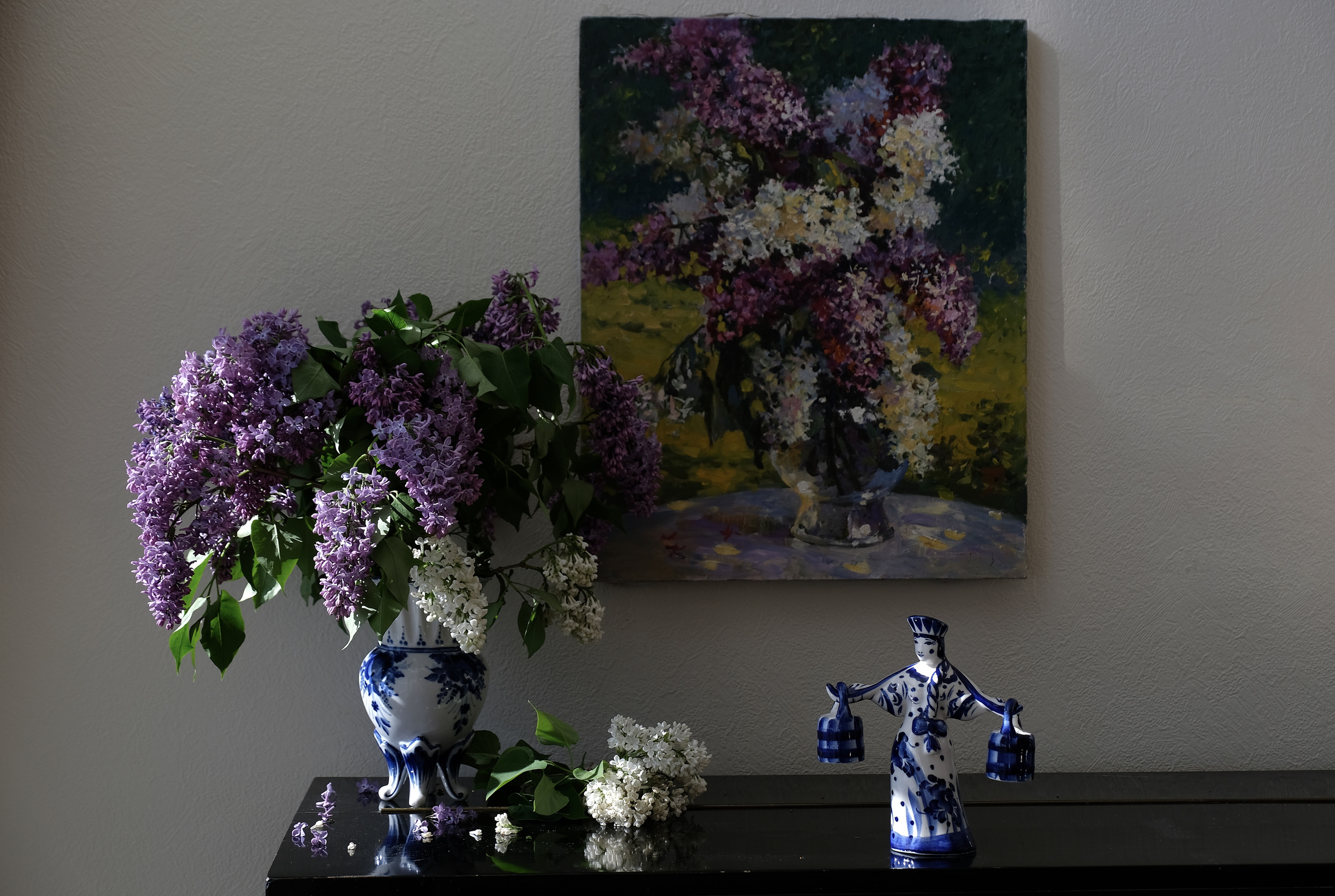 Still life, lilac, flowers, flora, summer, nature, Gzhel, porcelain, ceramics, Сирень, Гжель,, Povarova Ree Svetlana