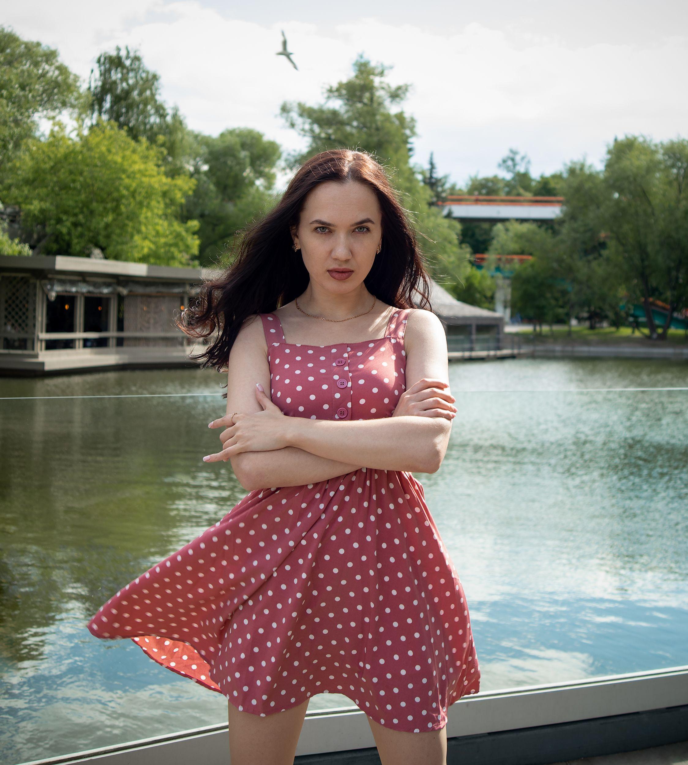 стрит, красивая девушка, женский портрет, концептуальное, Бабаев Зураб