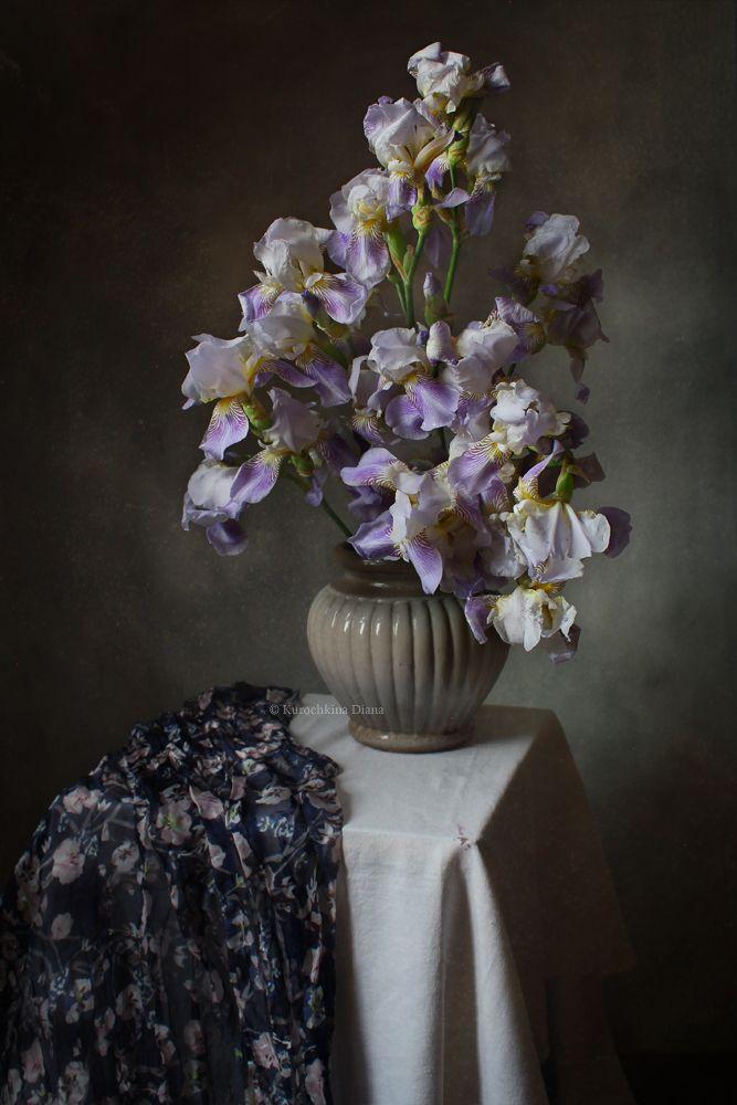 натюрморт, цветы, букет, ирисы, июнь, Курочкина Диана