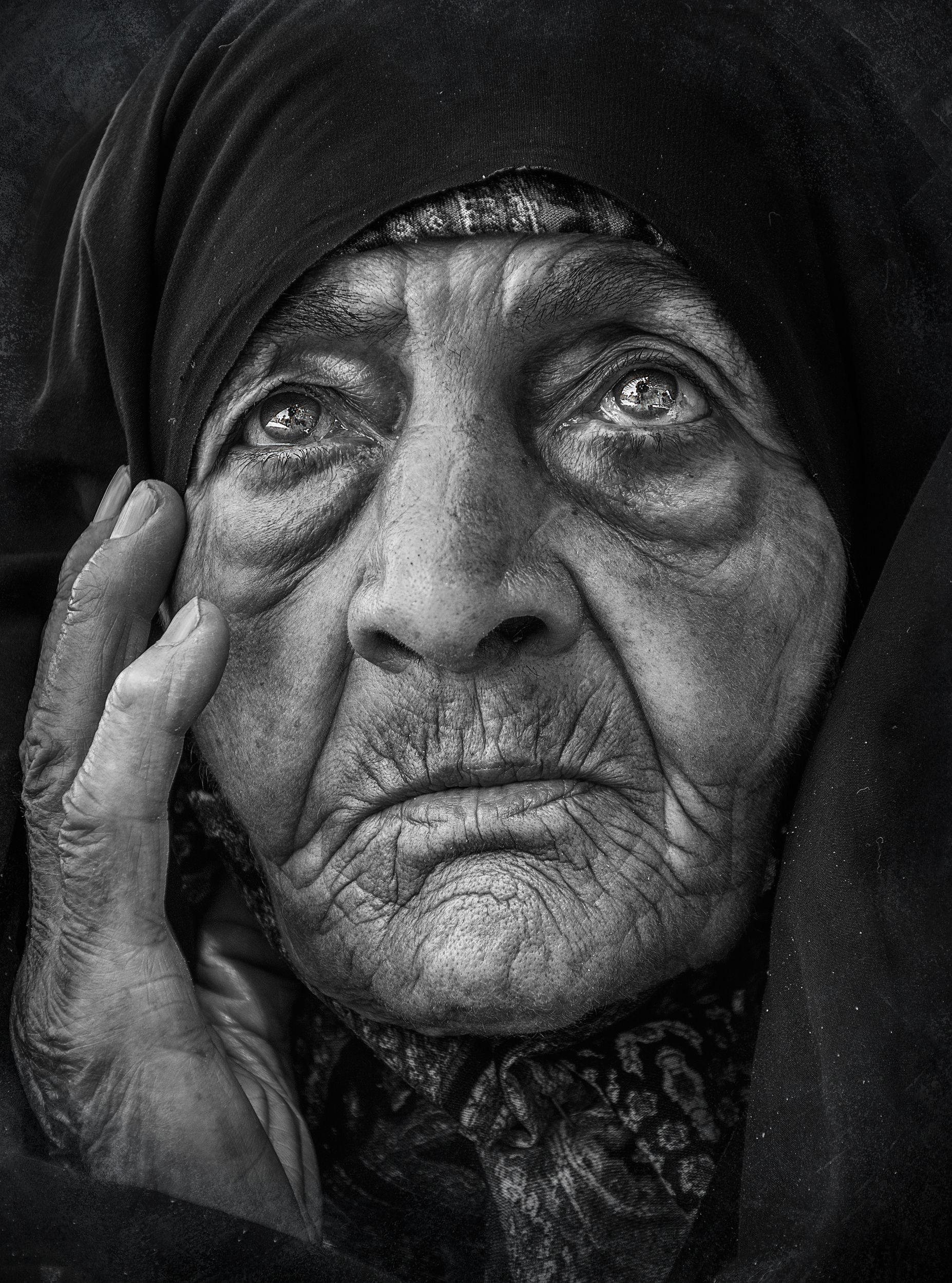 #Forehead #Nose #Skin #Lip #Chin #Outerwear #Eyebrow #Eye #Mouth #Organ , Zavvar Mehdi