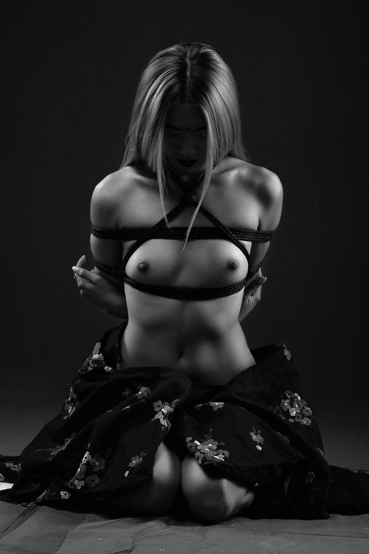 nude, shibari, black and white, Romanov Yury