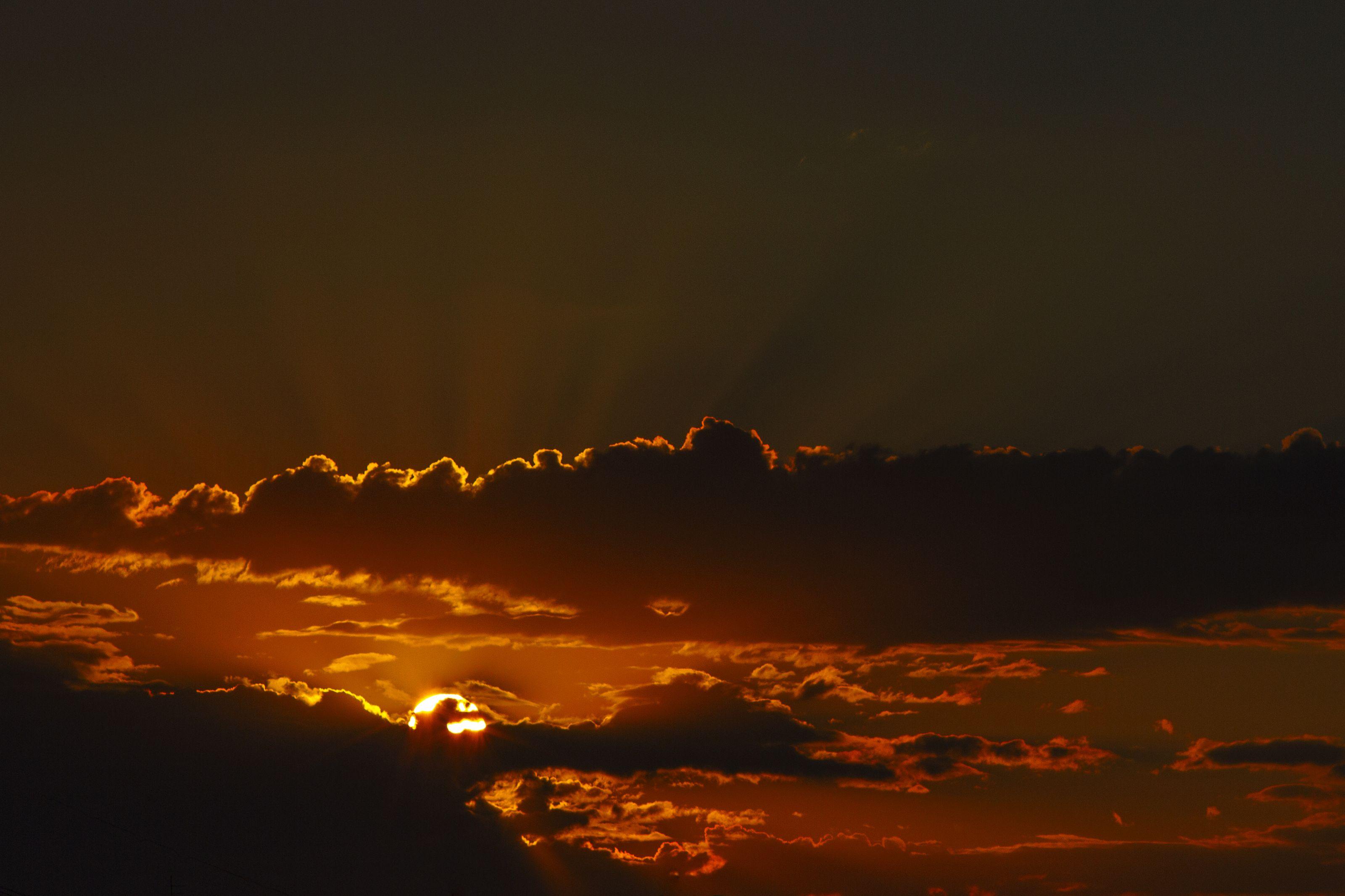 пейзаж, пейзаж с небом, небесный пейзаж, небо, лучи солнца, облака, закат, Александр Кожухов