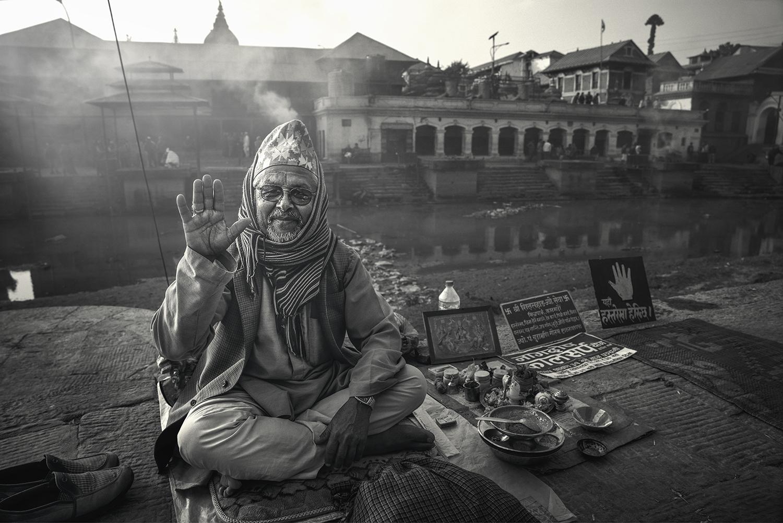 fortune teller,  pashupatinath temple, nepal, Chin Boon Leng
