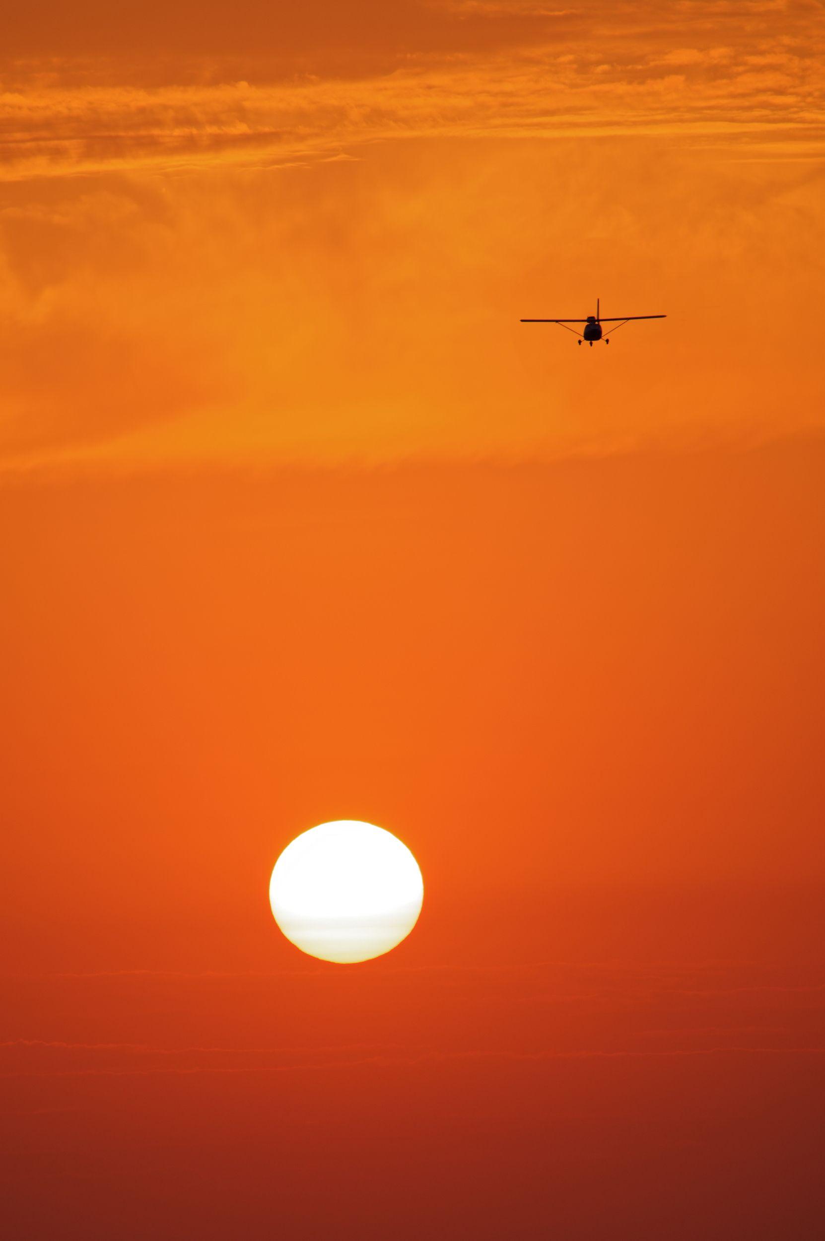 небо, плато, облака, закат, вечер , слои, дымка, туман, солнце, самолет, Алабердов Арсен