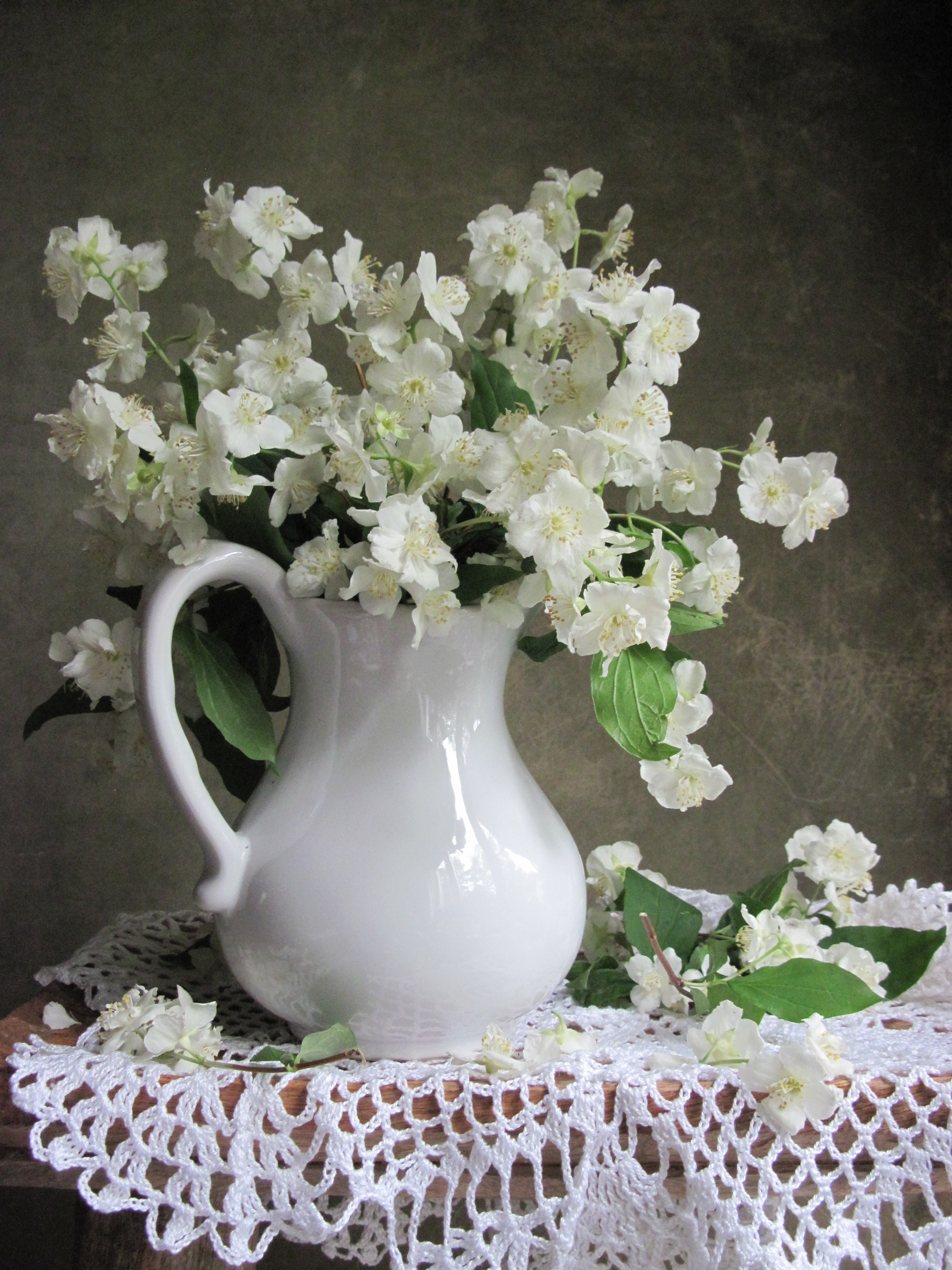 цветы, букет, жасмин, кувшин, фарфор, салфетка, Тихомирова Наталия