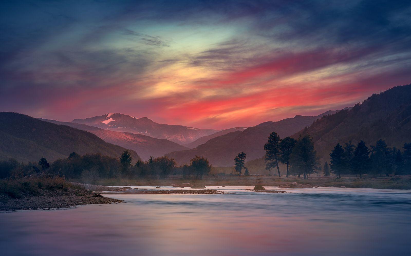 пейзаж, природа, закат, вечер, река, речка, облака, небо, горы, степь, самаха, деревья, вода, отражения, красный, алтай, Антипов Дмитрий