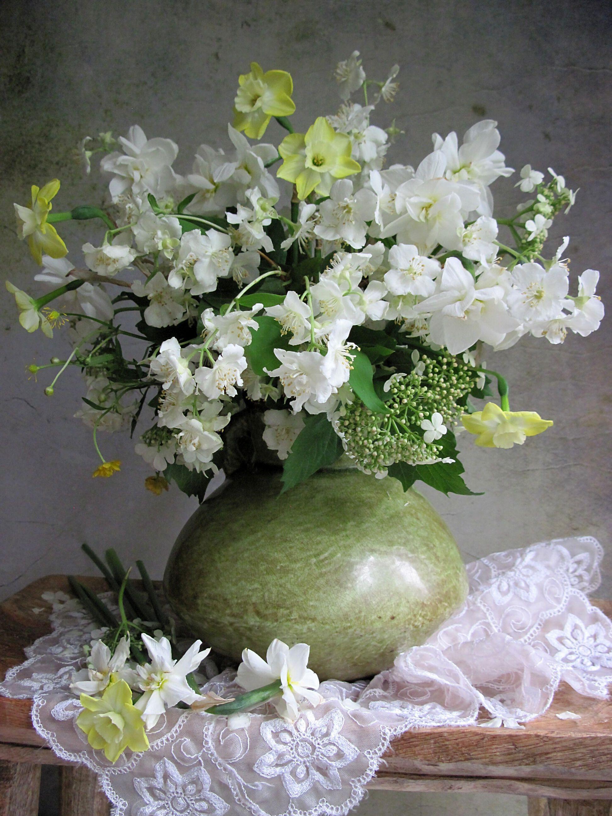 цветы, букет, жасмин, нарциссы, керамика, Тихомирова Наталия