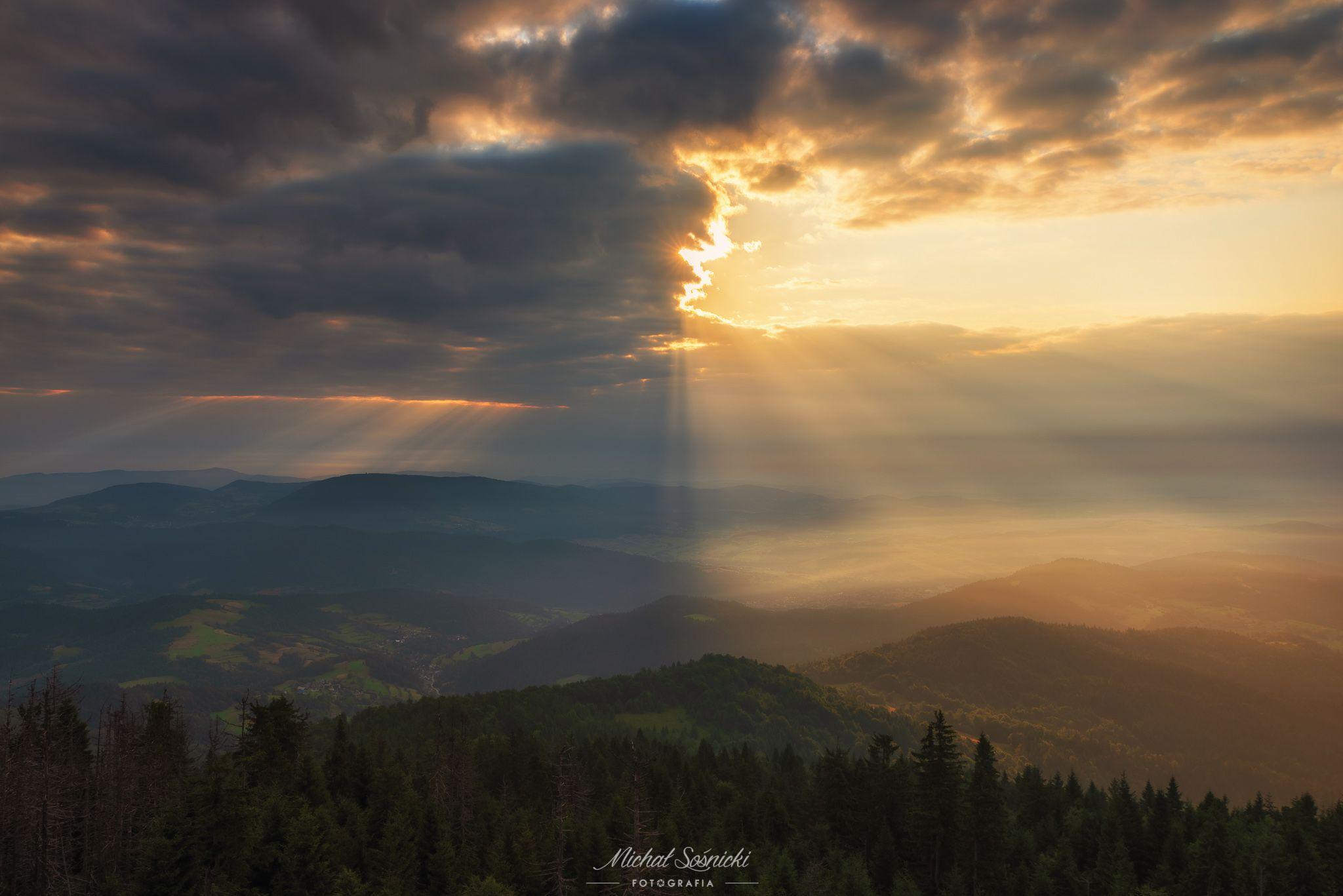 #mountains #sunrise #worlds #two #sky #laser #clouds #poland #gorc #pentax #benro, Sośnicki Michał