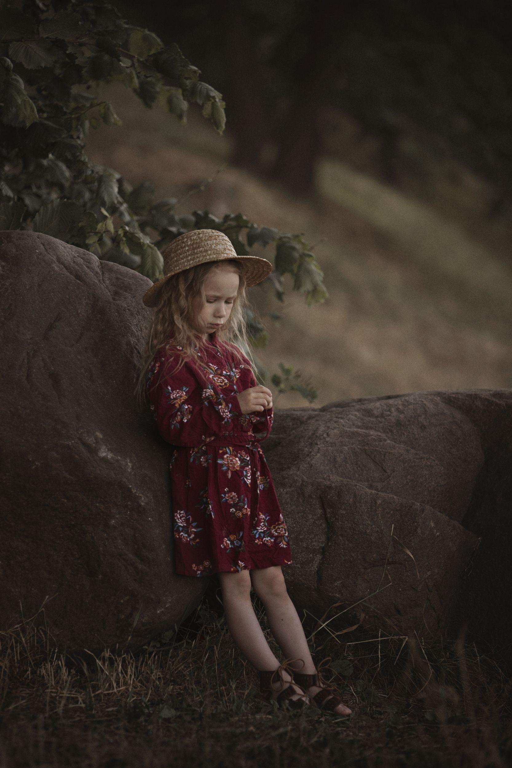 девочка шляпка прогулка лето, Скородумова Татьяна
