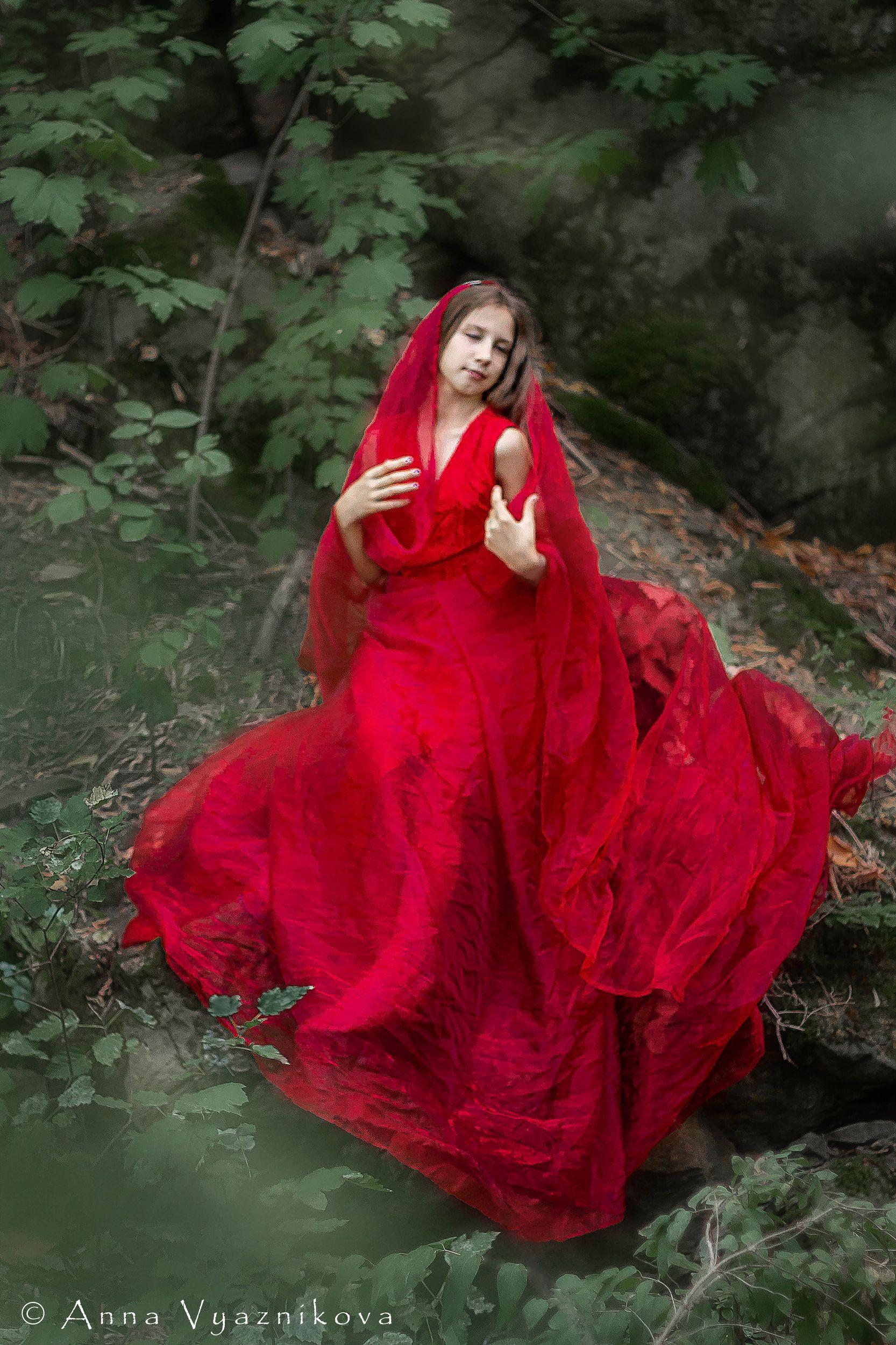 фотограф Лисичанск, семейный фотограф, детский фотограф, летняя фотосессия, детская фотосессия, фотосессия на природе, фотосессия в красном платье,, Вязникова Анна