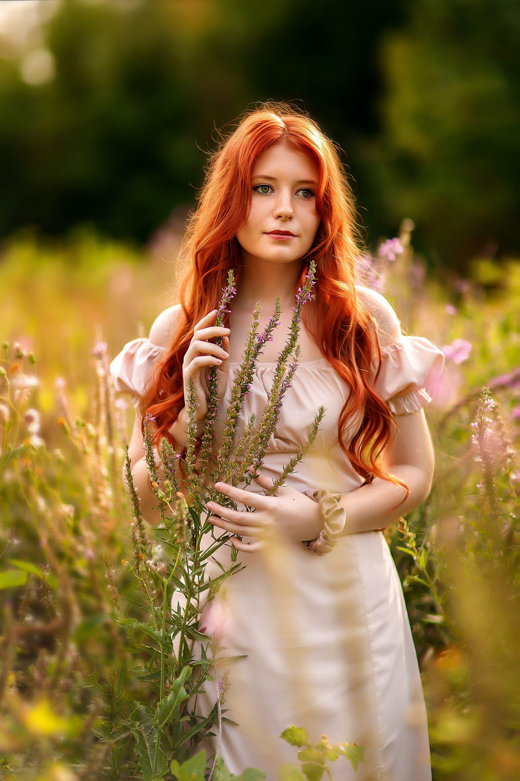 рыжая девушка, Фрейман Марина