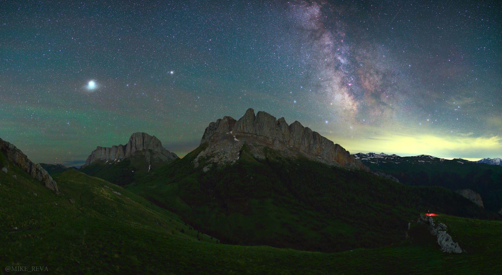 ночь тхачи  ночной пейзаж астрофотография звезды созвездия чертовы ворота ачешбоки, Рева Михаил