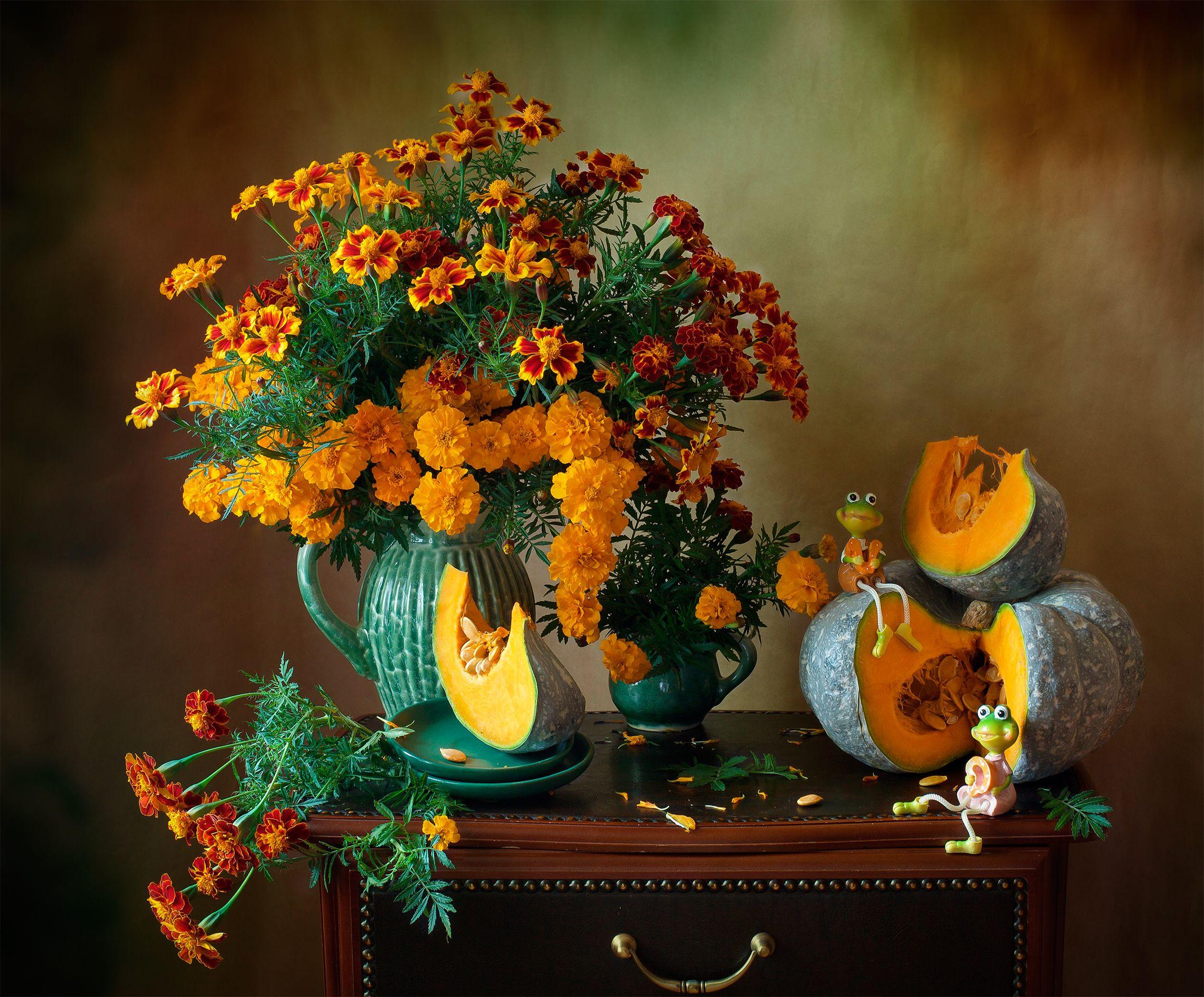 миламиронова, фотонатюрморт, осень, яркие краски, лягушка, бархатцы, цветы, букет, тыква, Миронова Мила