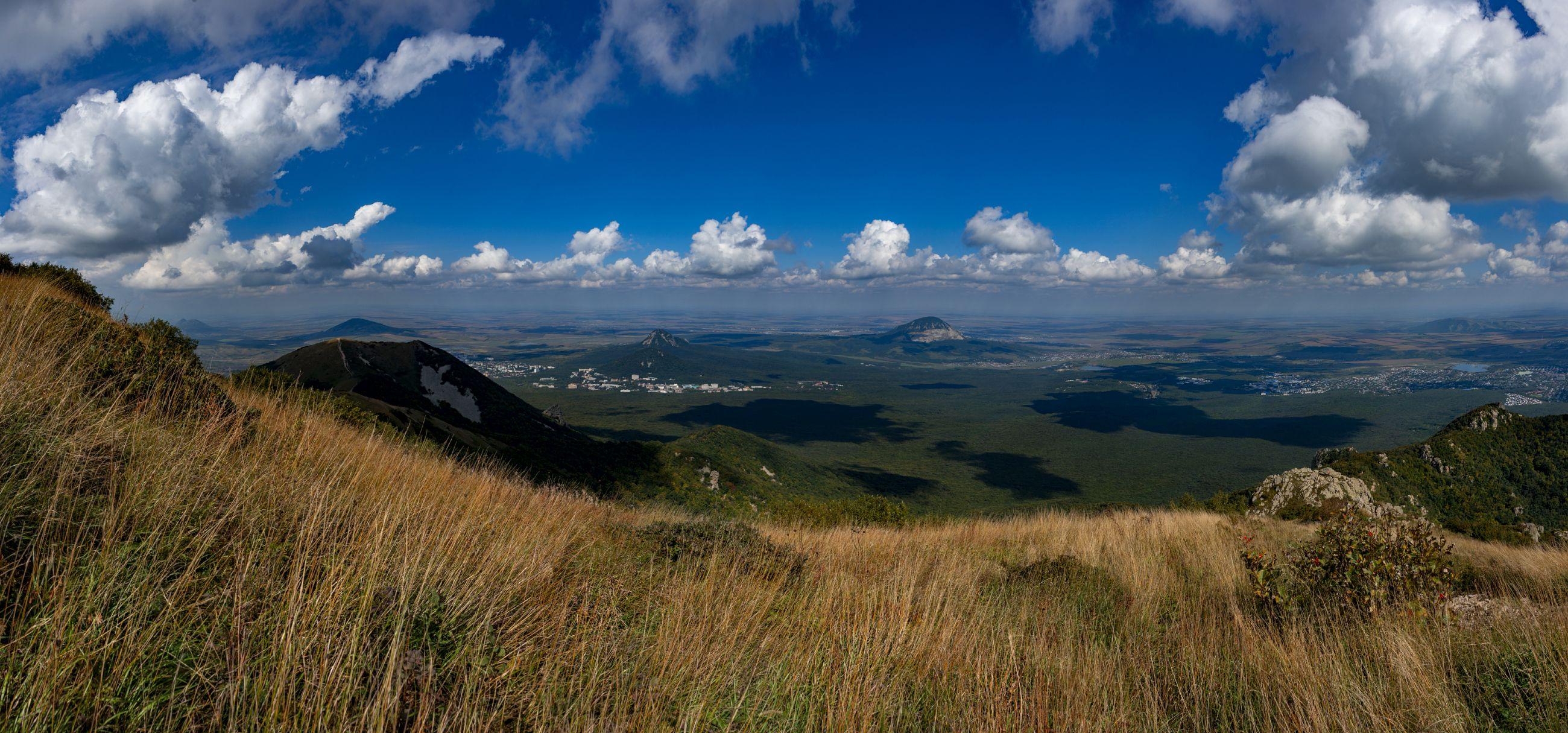сентябрь,облака,бештау,полдень,панорама,пейзаж, Елена Брежицкая