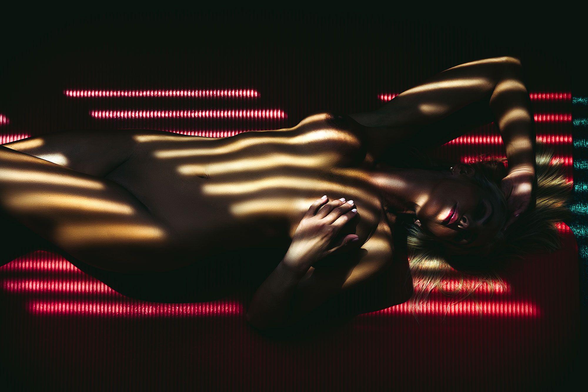 woman, portrait, nude, indoors, natural light, Руслан Болгов (Axe)