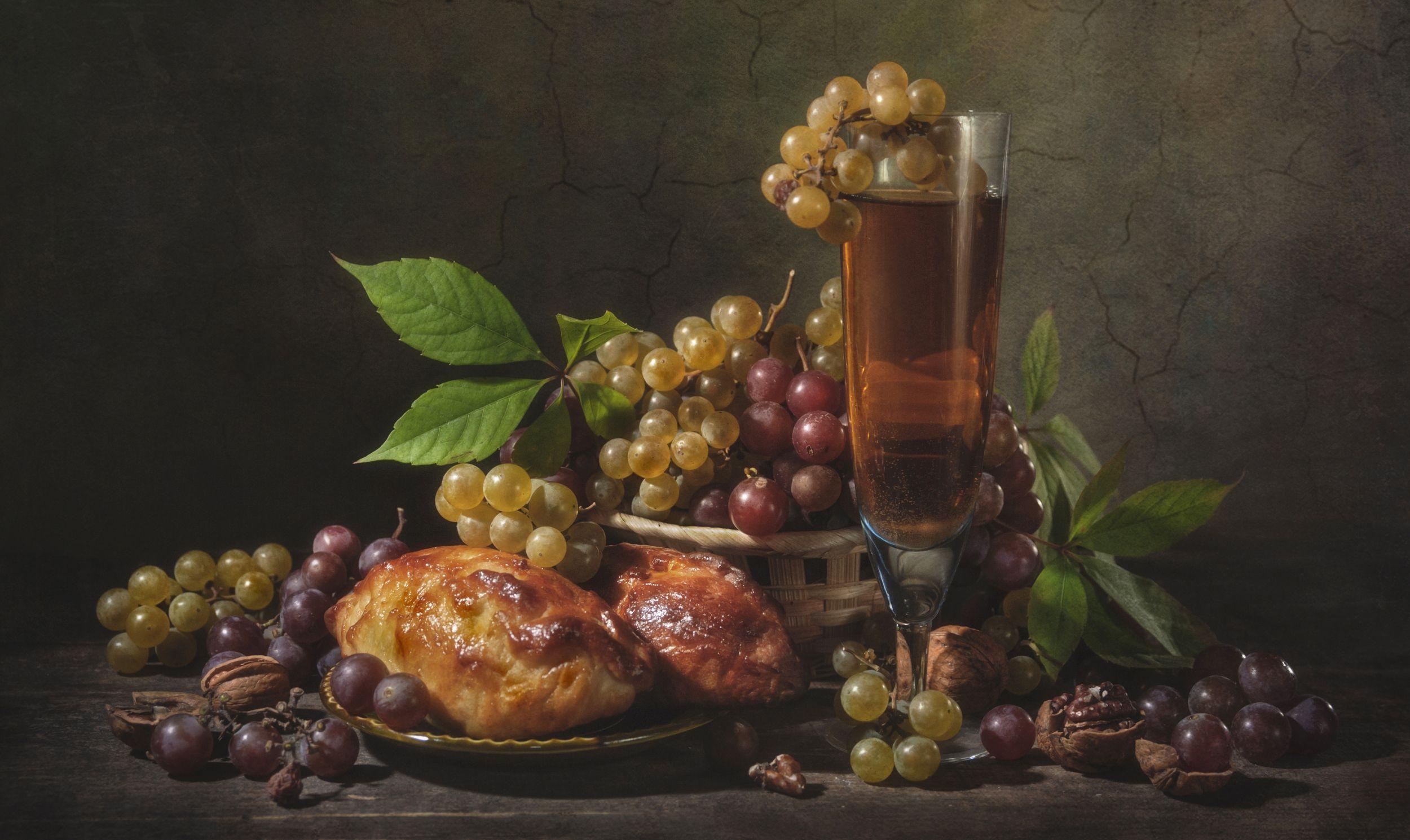 виноград,бокал,сок,булочки,выпечка,листья,вкус,еда,трапеза,грецкий орех, Володин Владимир