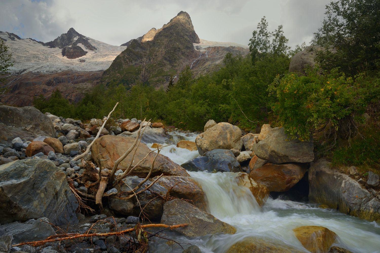 горы осень река алибек, Александр Жарников