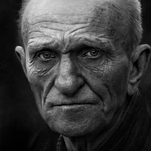 портрет, квадрат, калинин юрий ,ч/б фото, уличная фотография, юрец, люди, лица, город, санкт-петербург ,фотограф, лица протеста, Калинин Юрий