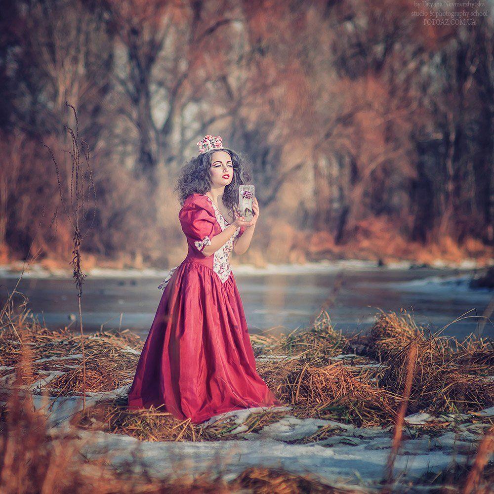 весна, цветы, лед, снег, красное платье, арт, сказка, Невмержицкая Татьяна