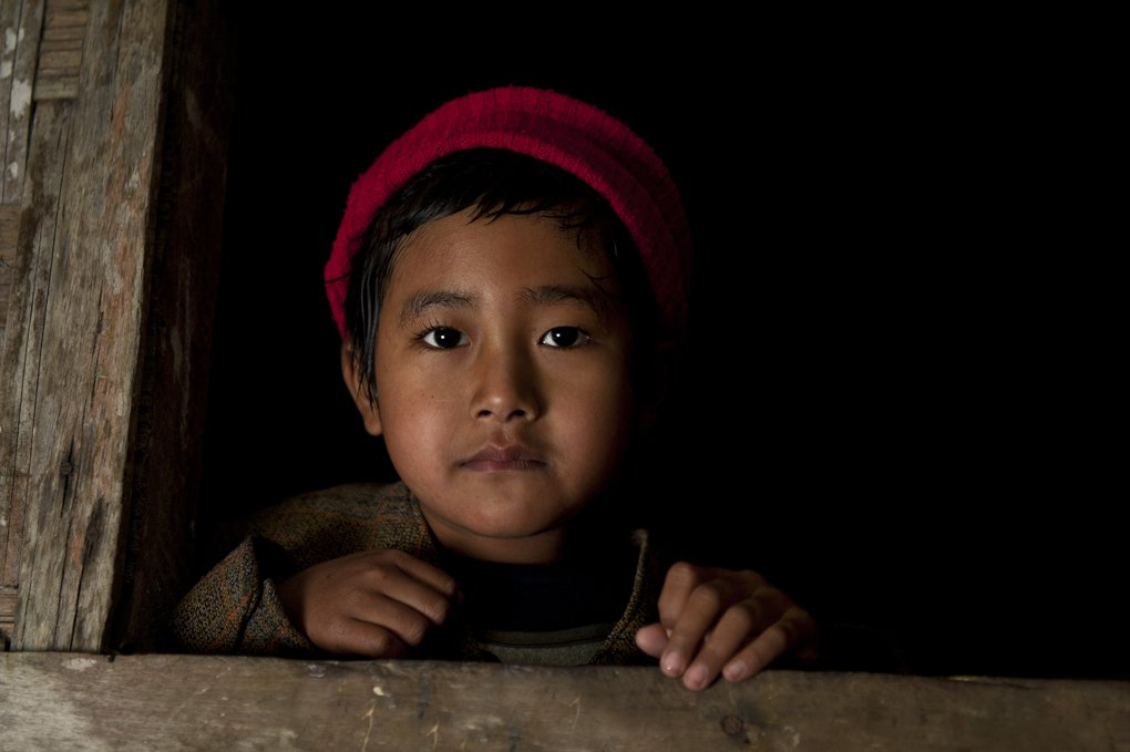 Asia, Birma, Burma, Child, Children, Dark, Light, Myanmar, Portrait, Shadow, Tomek Jungowski