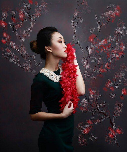 Девушка, портрет, весна, сакура, нежность, красный, цвет, новые, актуальные, лицо, руки, глаза, характер, Постонен Екатерина