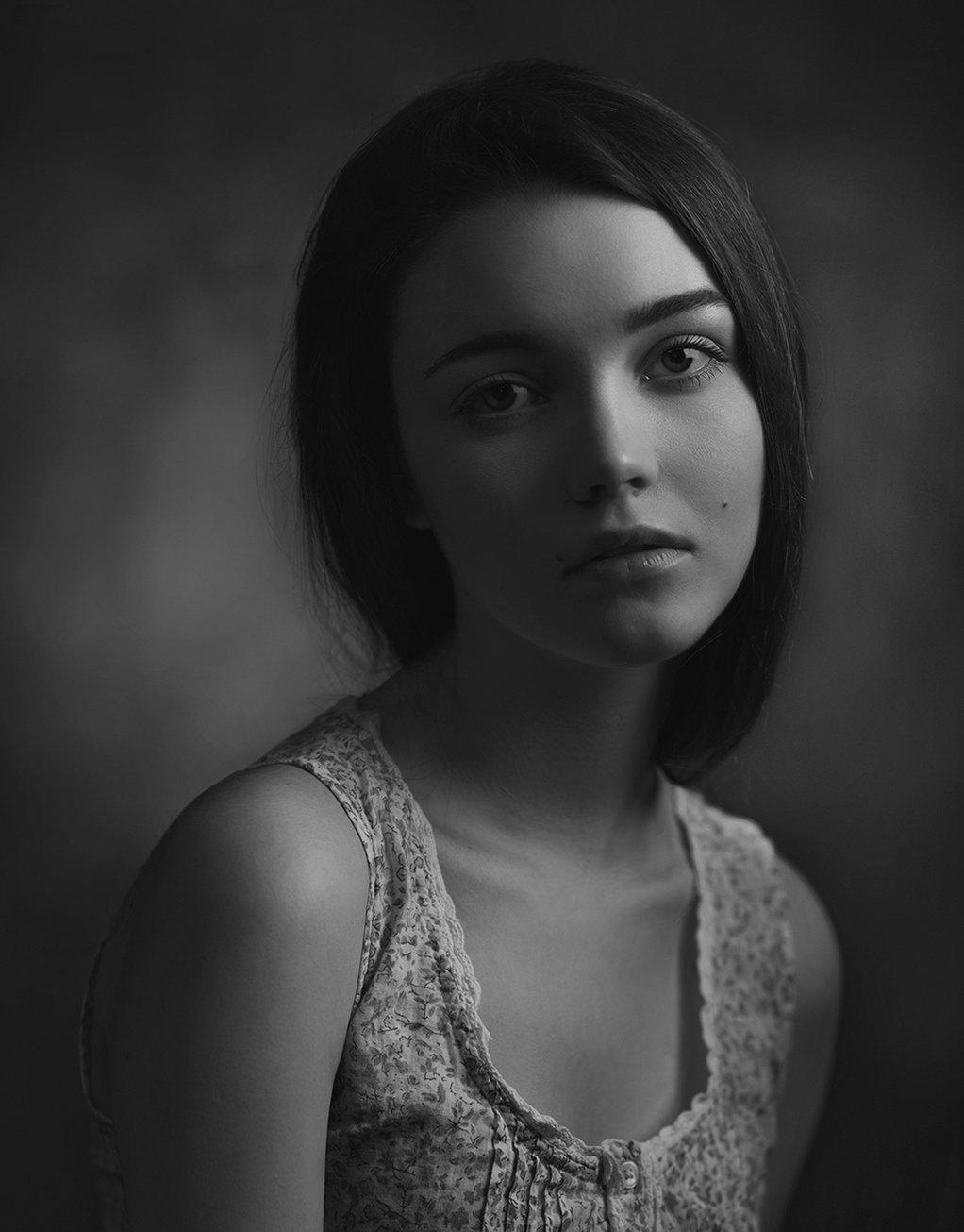 девушка, портрет, студия, свет, тень, взгляд, Александр Жосан