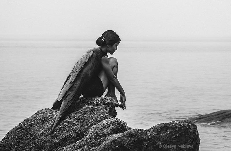 girl, sea, beauty, water, bird, ocean, rock, rocks, beautiful, black and white, woman, alone, art ,black, lonely, sadness, one, wings, angel, dream, loneliness, imagination, think, thinking, sorrow, fantasy, soul, melancholy, single, belief, Олеся Набиева
