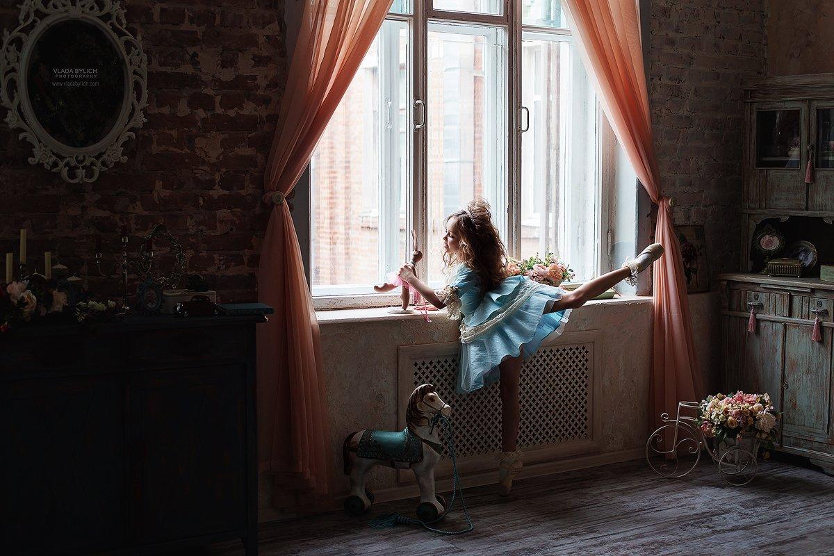 детский фотограф, семейный фотограф, Влада Былич, фотограф Влада Былич,балерина, балет, кукла, игра, Былич Влада