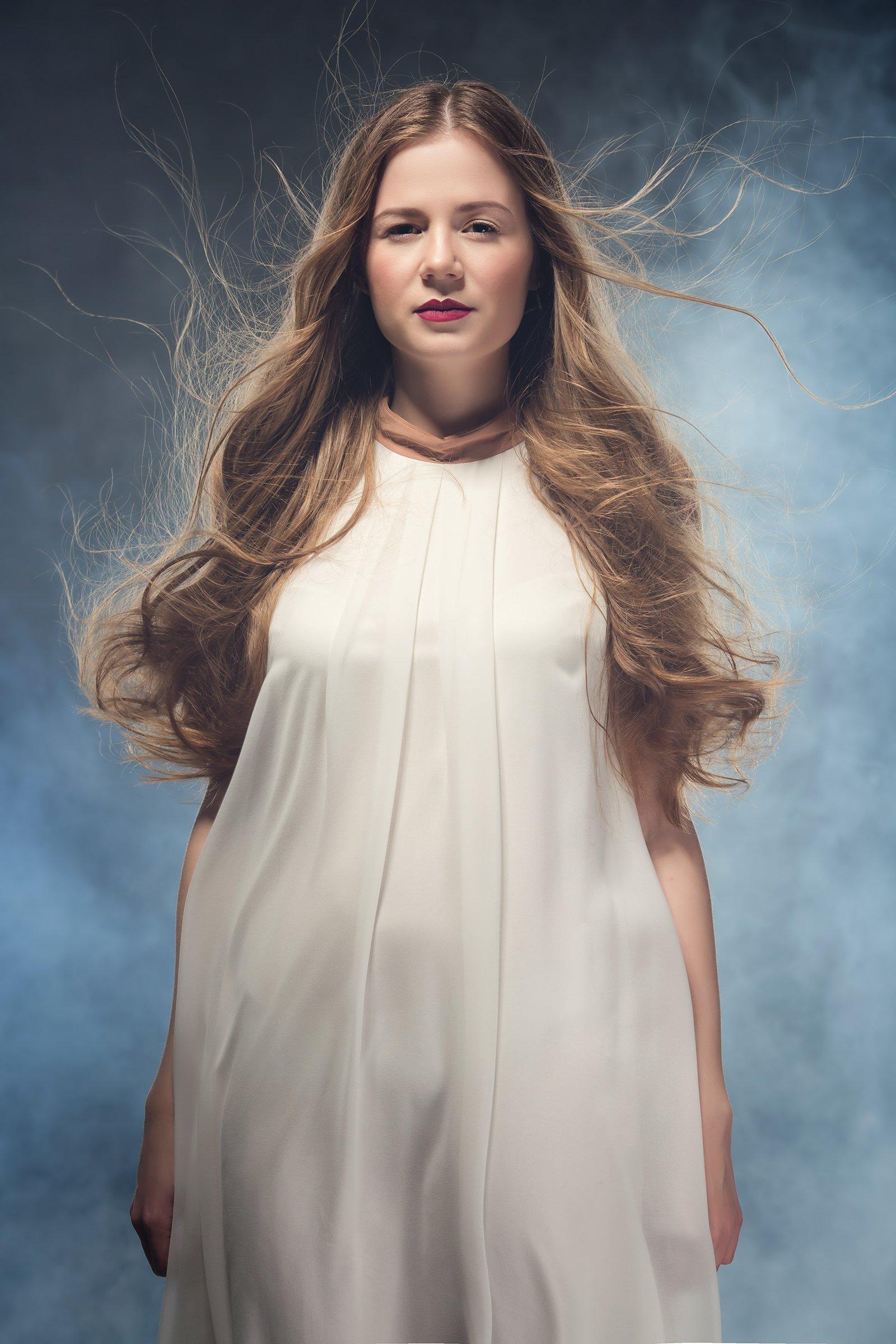 Ветер в волосах, Девушка в белом, Летящие волосы, Фёдоров Денис