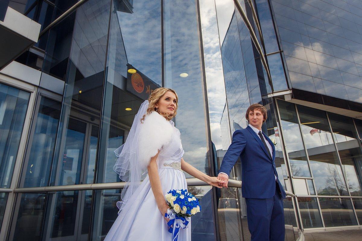 свадебная прогулка, свадьба, жених, невеста, любовь, love story, кольца, Михаил Маслов