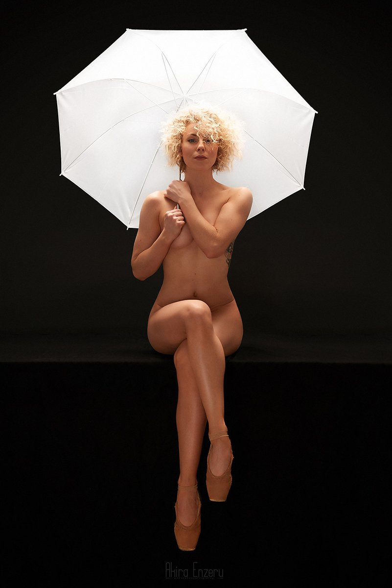 Nude, Umbrella, White, Akira Enzeru