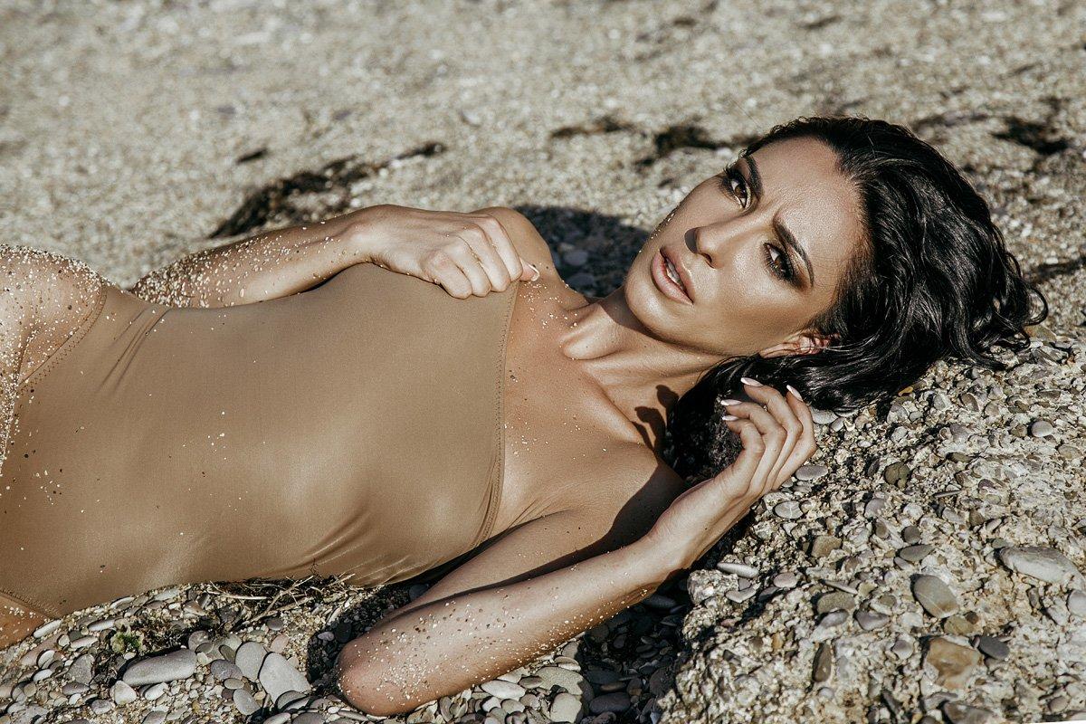 amazing, beach, beautiful, brunette, crimea, eyes, girl, portfolio, portrait, sea, sensetive, sensual, sexy, shooting, summer, sunlight, sunset, woman, young, амазонка, берег, брюнетка, глаза, девушка, красивая, крым, макияж, море, песок, пляж, портрет,, Irella Konof