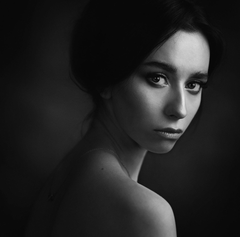 девушка, студия, свет, тень, объем, черно-белое, Александр Жосан