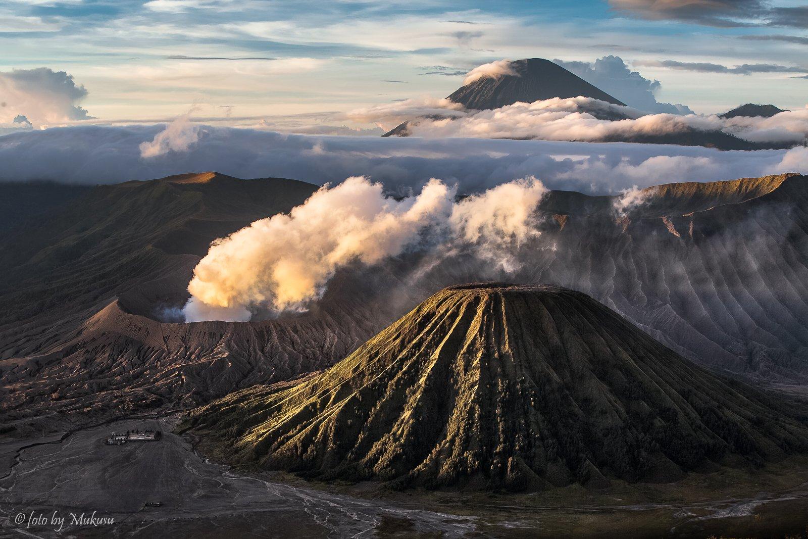 индонезия,ява, рассвет, вулканы, бромо, горы, пейзаж, путешествия, landscape, travel, Алексей Самойленко