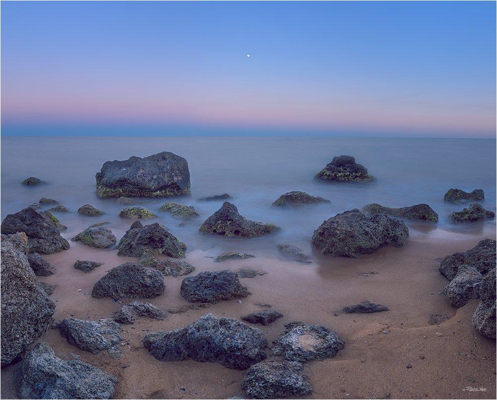 сумерки, небо, полнолуние, луна, длинная выдержка, крым, пляж, море, чёрное море, камни, берег, панорама,, Jazz Man