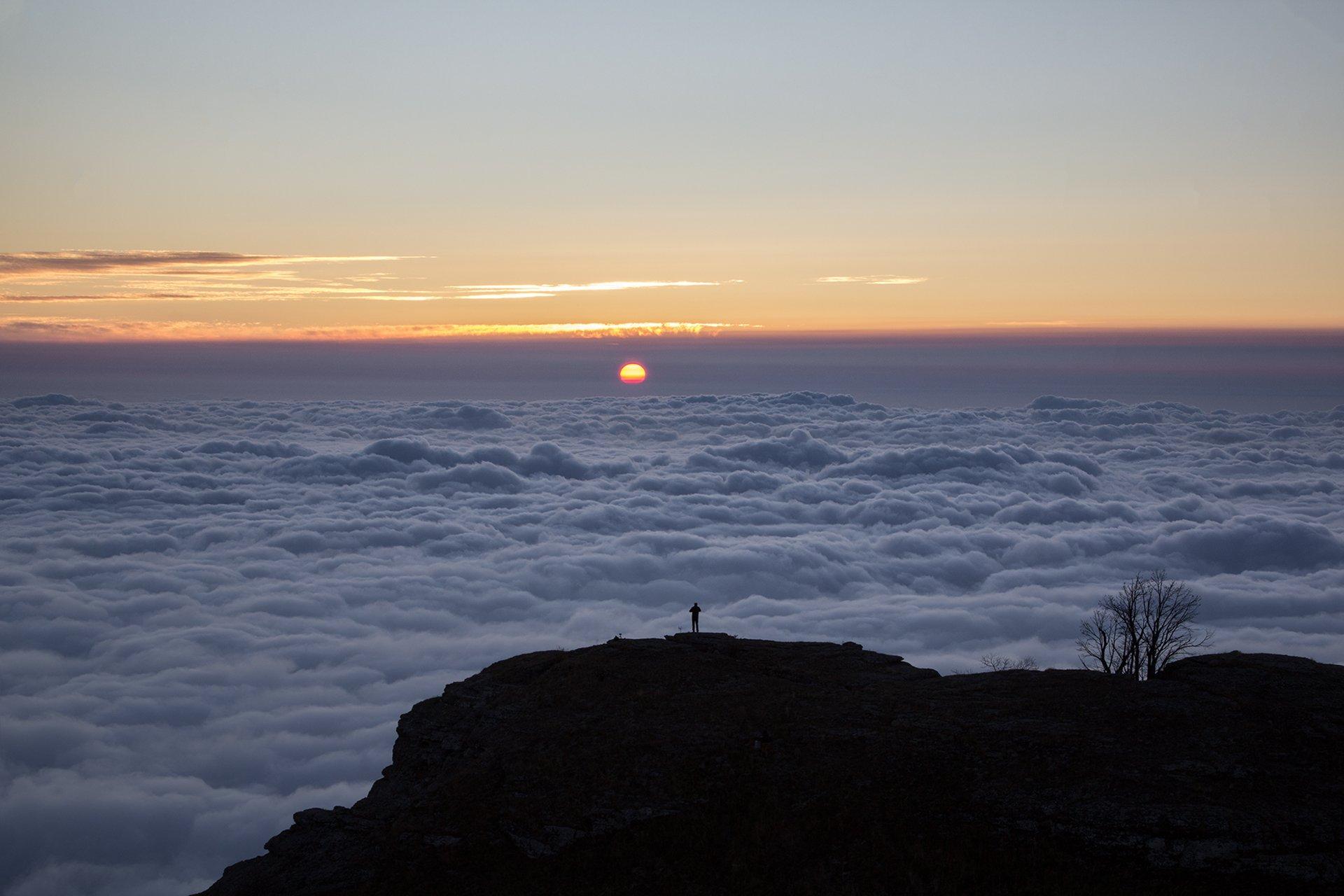 sunset, alone, mountain, clouds, sun, Олег Болотников